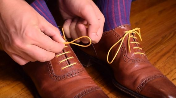 Mengikat Tali Sepatu Yang Benar untuk Dress Shoes